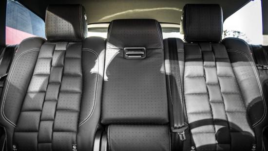 Kahn Design Range Rover 4.4 SDV8 Autobiography
