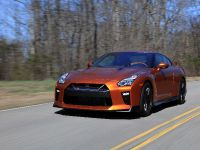 2017 Nissan GT-R, 18 of 48