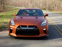 2017 Nissan GT-R, 23 of 48