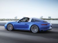 2017 Porsche 911 Tagra 4S , 2 of 3
