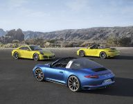 2017 Porsche 911 Tagra 4S , 3 of 3