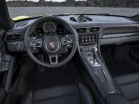 2017 Porsche 911 Turbo S, 6 of 7