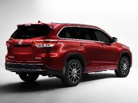 2017 Toyota Highlander, 2 of 5