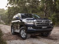 2017 Toyota Land Cruiser 200 Series Altitude , 1 of 4