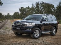 2017 Toyota Land Cruiser 200 Series Altitude , 2 of 4