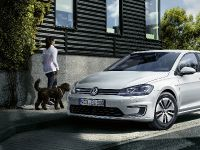 2017 Volkswagen e-Golf, 2 of 8