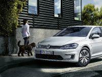 2017 Volkswagen e-Golf, 2 of 8