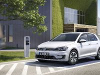 2017 Volkswagen e-Golf, 3 of 8