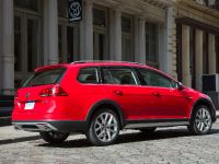 2017 Volkswagen Golf Allroad , 3 of 6