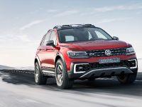 2017 Volkswagen Tiguan GTE Active Concept, 4 of 13