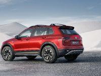 2017 Volkswagen Tiguan GTE Active Concept, 7 of 13