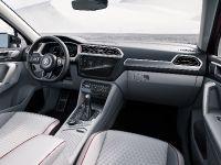 2017 Volkswagen Tiguan GTE Active Concept, 11 of 13