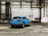 2018 Audi Q3 SUV , 3 of 5