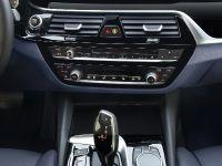 2018 BMW 530e iPerformance 5 Series, 20 of 24