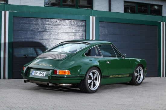dp motorsport Porsche 964 Carrera Irish Green