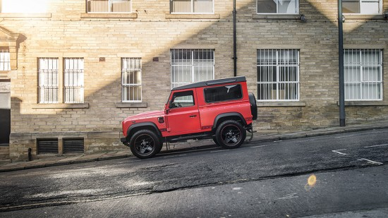 Kahn Design Land Rover Defender End Edition
