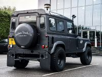2018 Kahn Design Land Rover Defender Flying Huntsman 105, 3 of 6