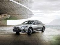 2018 Lexus ES F Sport, 2 of 6