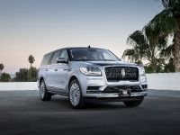 2018 Lincoln Black Label Navigator, 1 of 5