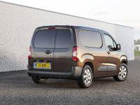 2018 Vauxhall Combo Van , 2 of 10
