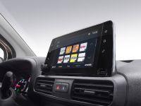 thumbnail image of 2018 Vauxhall Combo Van