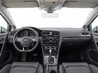 2018 Volkswagen Golf , 3 of 3