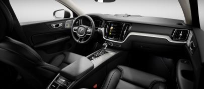 Volvo V60 (2018) - picture 7 of 13
