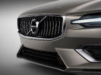 2018 Volvo V60, 10 of 13