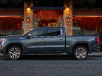 2019 GMC Sierra Denali , 3 of 9