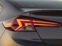 2019 Hyundai Elantra , 7 of 8