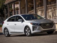 2019 Hyundai Ioniq Plug-In Hybrid , 4 of 7