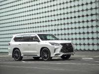 2019 Lexus LX 270 S , 3 of 8