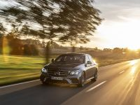 2019 Mercedes-Benz E-Class , 4 of 5