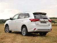 2019 Mitsubishi Outlander PHEV , 2 of 6
