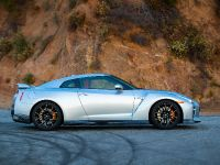 2019 Nissan GT-R , 4 of 7