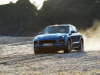 2019 Porsche Macan SUV , 2 of 8