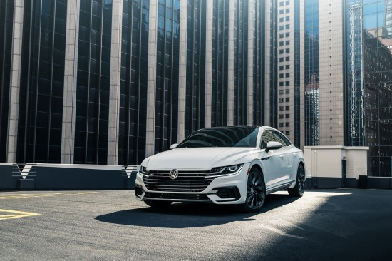 Volkswagen Arteon Vehicle Images