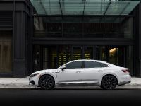 2019 Volkswagen Arteon Vehicle Images, 3 of 5