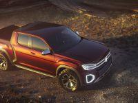 2019 Volkswagen Atlas Tanoak Concept, 2 of 6