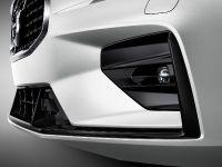 2019 Volvo V60 R-Design , 7 of 13