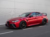 2020 Alfa Romeo Giulia GTA, 2 of 10