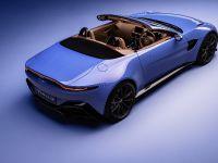 2020 Aston Martin Vantage Roadster , 8 of 15