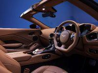 2020 Aston Martin Vantage Roadster , 12 of 15