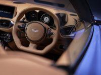 2020 Aston Martin Vantage Roadster , 13 of 15