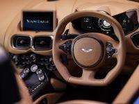 2020 Aston Martin Vantage Roadster , 14 of 15