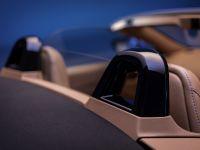 2020 Aston Martin Vantage Roadster , 15 of 15