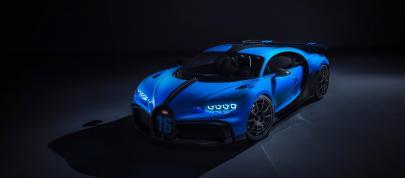 Bugatti Chiron Pur Sport (2020) - picture 4 of 15