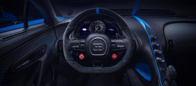 Bugatti Chiron Pur Sport (2020) - picture 12 of 15
