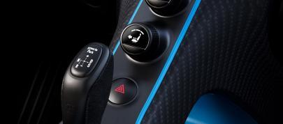 Bugatti Chiron Pur Sport (2020) - picture 15 of 15