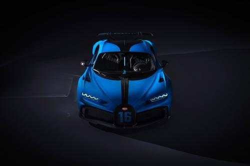 Bugatti Chiron Pur Sport (2020) - picture 1 of 15
